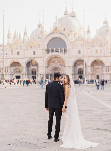 Elopement-bruiloft-in-Venetië_Modern-Romance_02