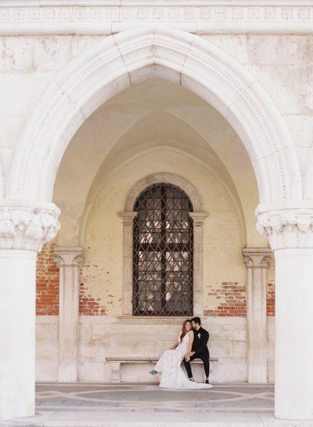 Elopement-bruiloft-in-Venetië_Modern-Romance_07