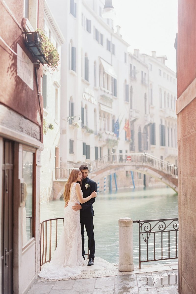 Elopement-bruiloft-in-Venetië_Modern-Romance_12